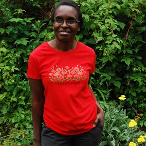 TEE-SHIRT FEMMES ROUGE COQUELICOT « LEST WE FORGET »